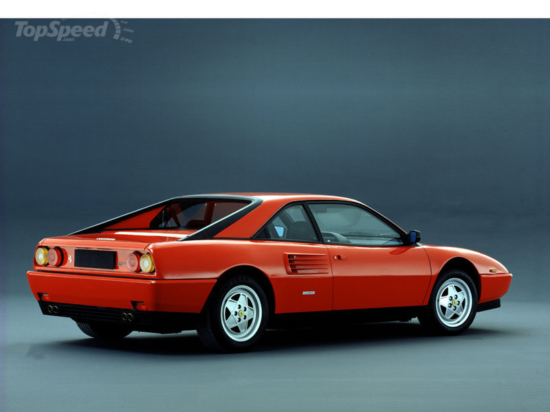 ferrari mondial t world 39 s only 4 seat mid engined. Black Bedroom Furniture Sets. Home Design Ideas
