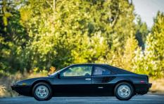 Ferrari_Mondial_8_Side_View_Black